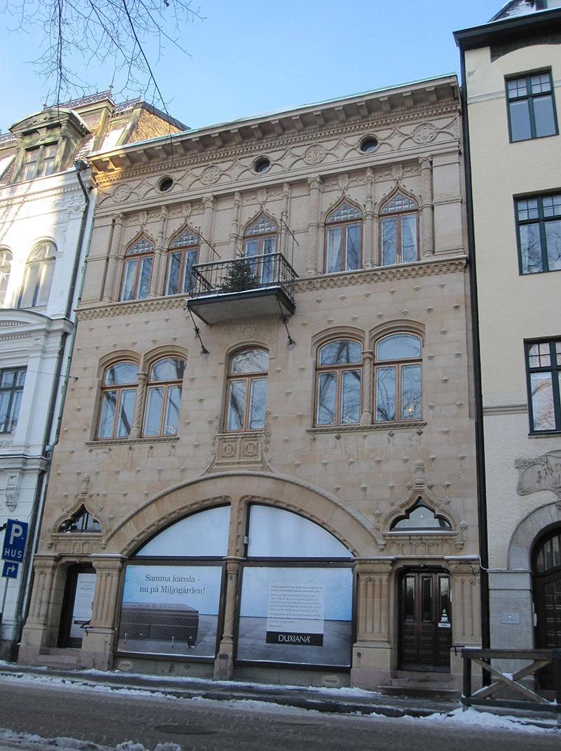 Fasaden på Bantorget 4 efter renovering