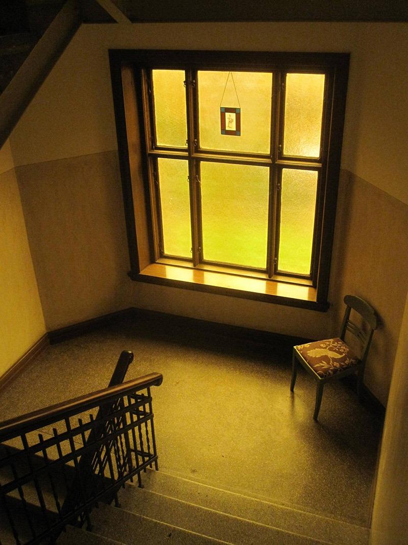 Fönster i trappen på Andréegatan