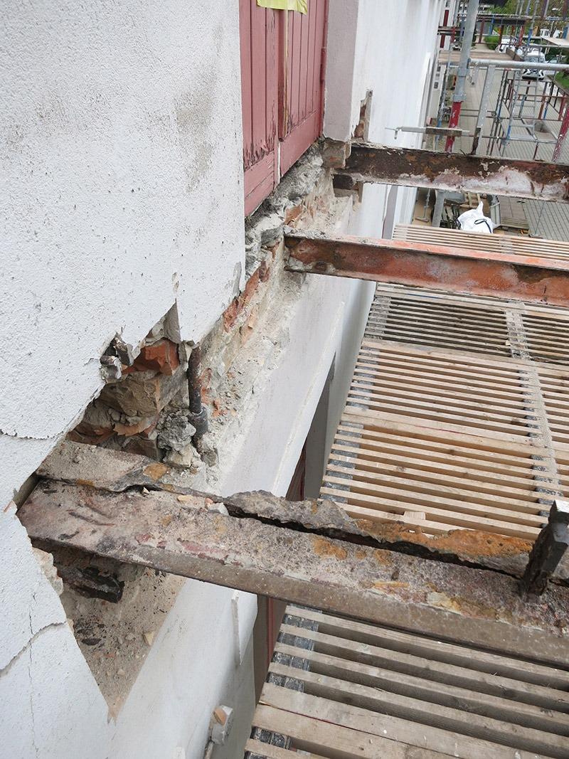 Gamla balkongbalkar